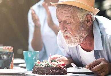 Neue-Androgenrezeptor-Antagonisten-beim-Prostatakarzinom-Stellenwert-von-Wirksamkeit,-Verträglichkeit-und-Pharmakologie-für-die-Lebensqualität