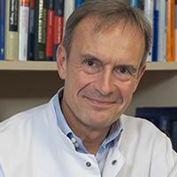 Univ.-Prof. Dr. med. Eike Sebastian Debus