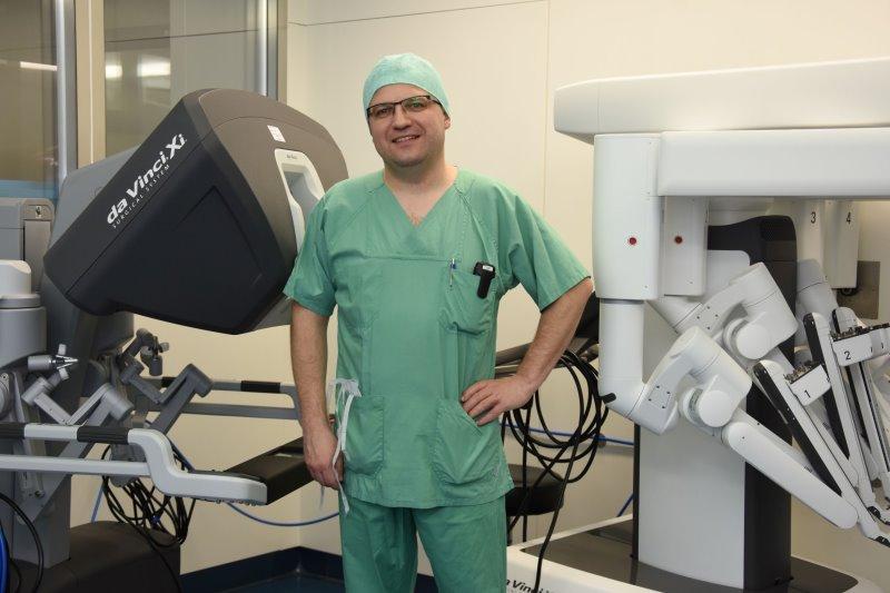 PD Dr. med. Michael Schweigert leitet seit Jahresbeginn den neu gebildeten Bereich Thoraxchirurgie an der Klinik für Viszeral-, Thorax- und Gefäßchirurgie des Dresdner Uniklinikums.